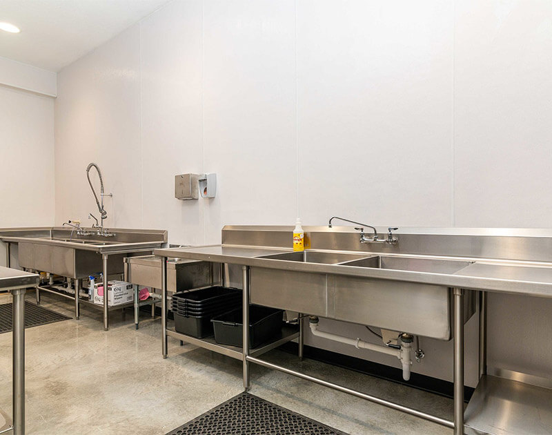 View of the industrial kitchen sinks